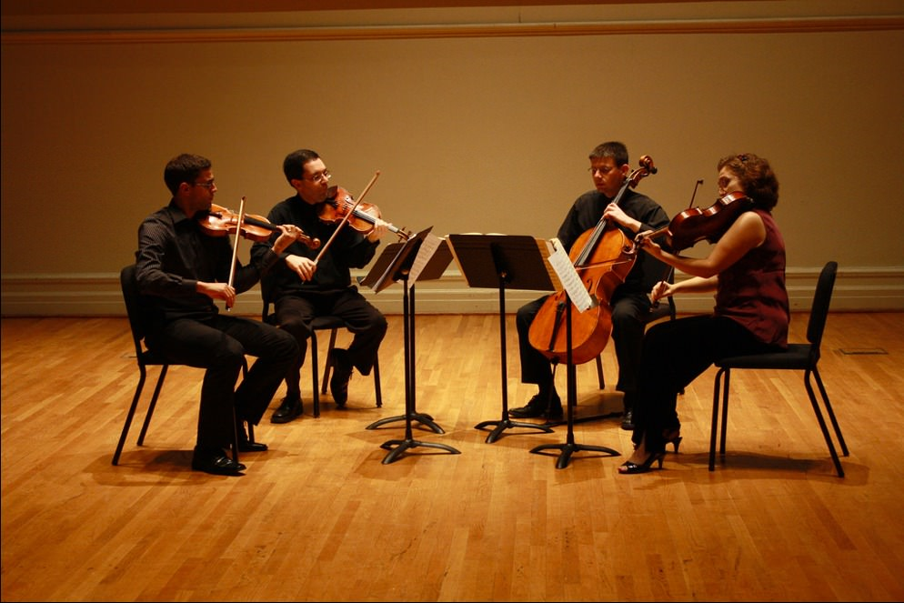 an overview of the string quartet The jasper string quartet rounds out their commission tour of aaron jay kernis'   hall recital of the work last season received a glowing review in the strad.